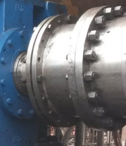 Large machine with hard to rotate shafts-cropped